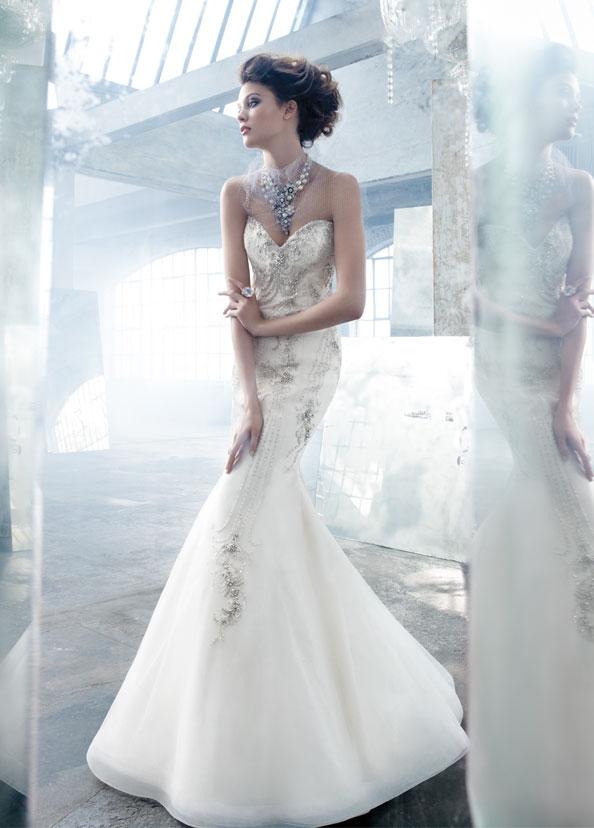 Lóa mắt trước cái đẹp khó cưỡng của những chiếc váy cưới xa hoa - 3
