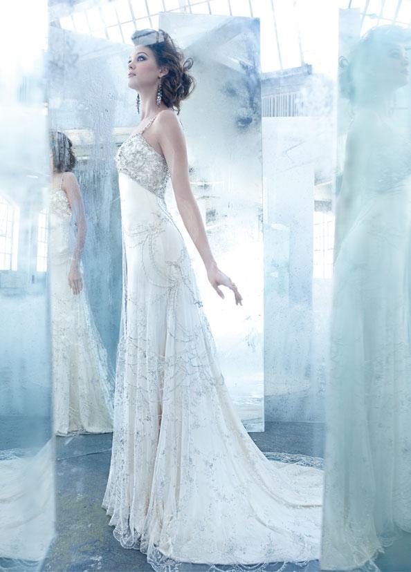 Lóa mắt trước cái đẹp khó cưỡng của những chiếc váy cưới xa hoa - 8