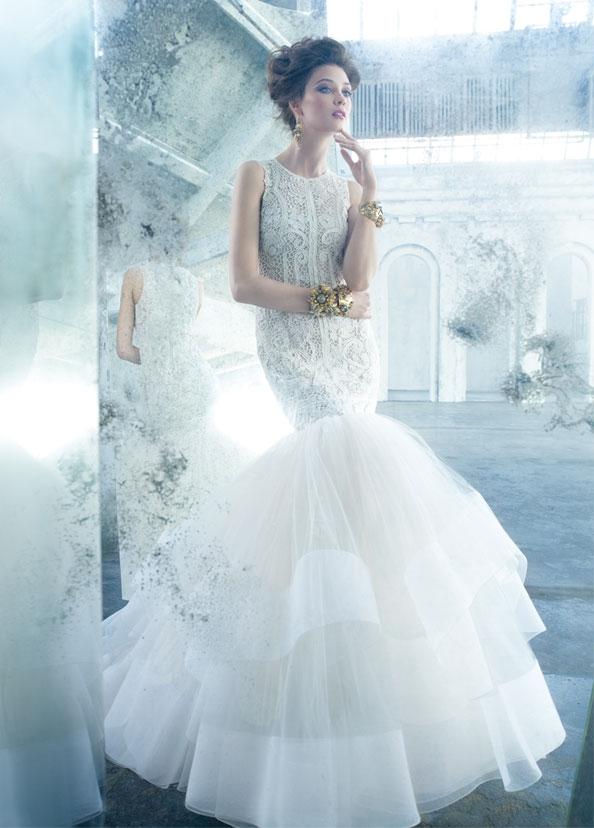 Lóa mắt trước cái đẹp khó cưỡng của những chiếc váy cưới xa hoa - 13