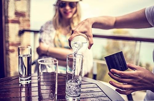 Muốn khỏe đẹp hãy uống thêm một ly nước mỗi ngày - 4