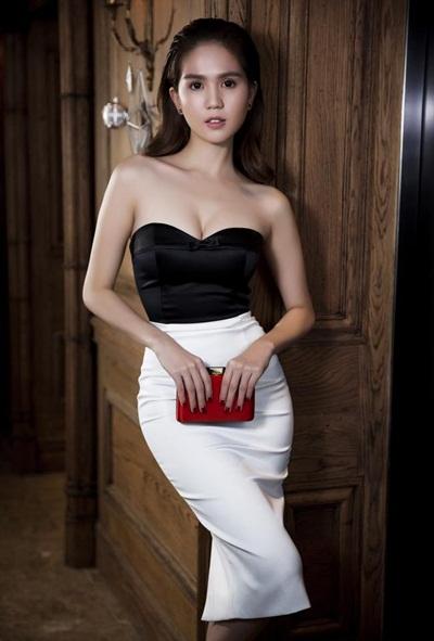 Sao việt quyến rũ với váy áo corset - 3