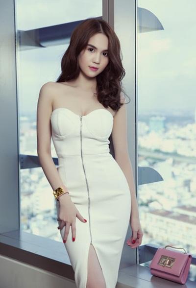 Sao việt quyến rũ với váy áo corset - 4
