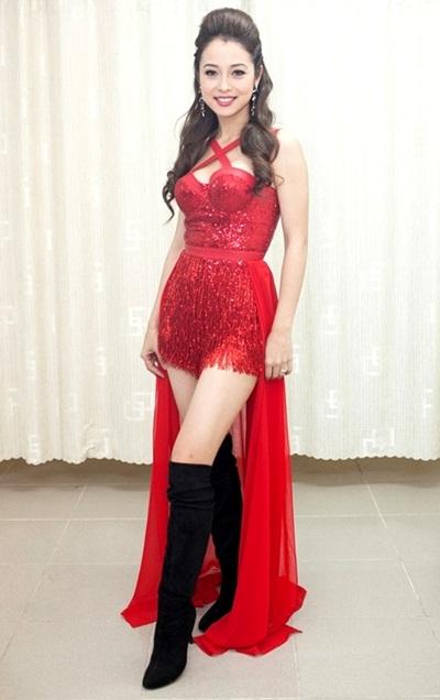 Sao việt xấu đẹp với váy áo corset - 2