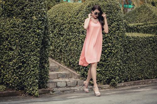 Á hậu lệ hằng gợi ý cách chọn váy suông đẹp và tiện ích - 14