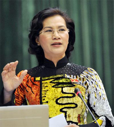 Bst áo dài đẹp mắt của chủ tịch qh nguyễn thị kim ngân - 4