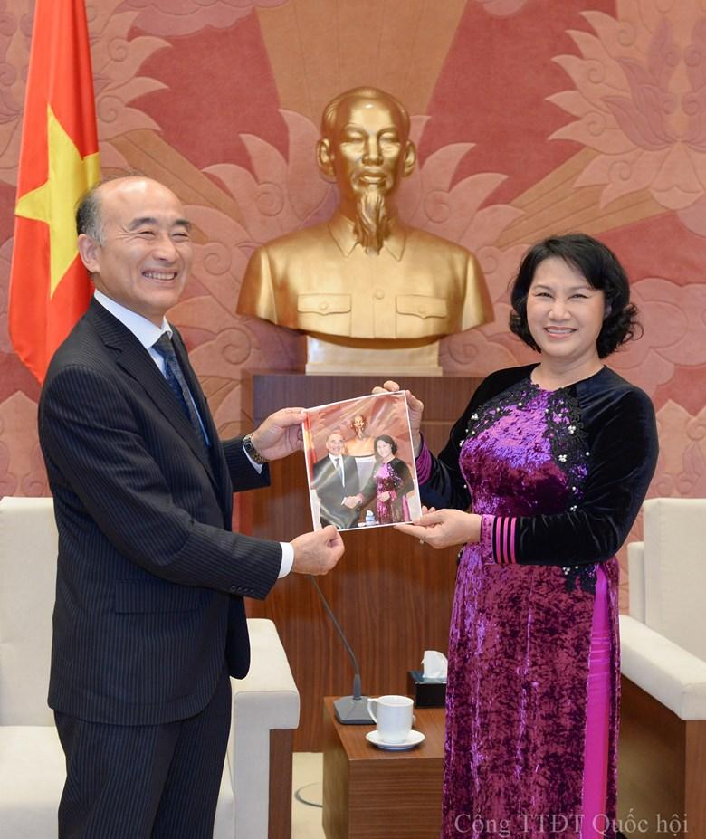 Bst áo dài đẹp mắt của chủ tịch qh nguyễn thị kim ngân - 11