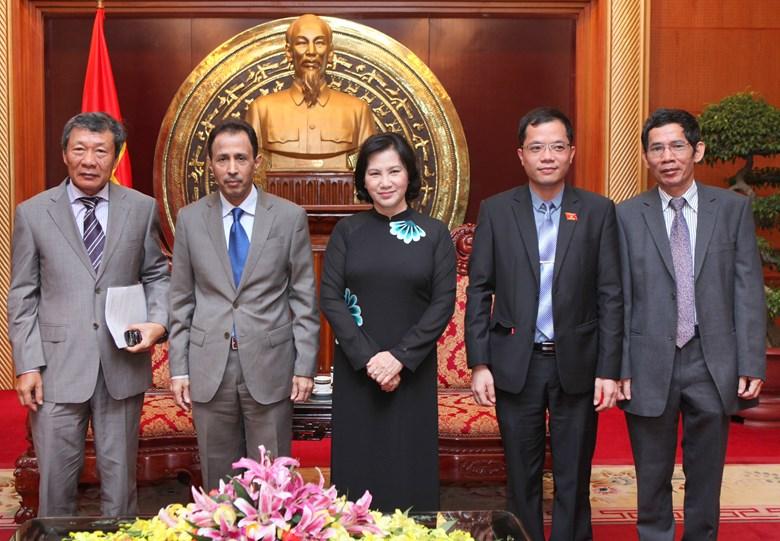 Bst áo dài đẹp mắt của chủ tịch qh nguyễn thị kim ngân - 20