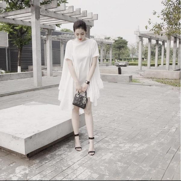 Chấm điểm váy áo của 2 á hậu hot nhất vbiz - 12