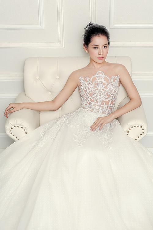 Chi pu làm cô dâu thiên thần với váy cưới ren trắng - 6