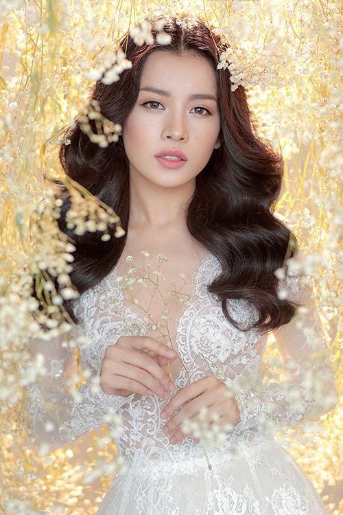 Chi pu làm cô dâu thiên thần với váy cưới ren trắng - 7