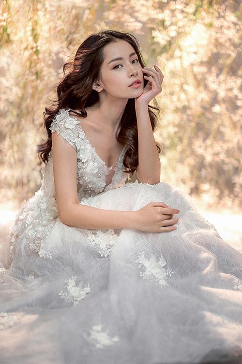 Chi pu làm cô dâu thiên thần với váy cưới ren trắng - 11