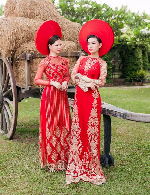 Cô dâu mùa hè tuyệt xinh với áo dài cưới màu đỏ - 4