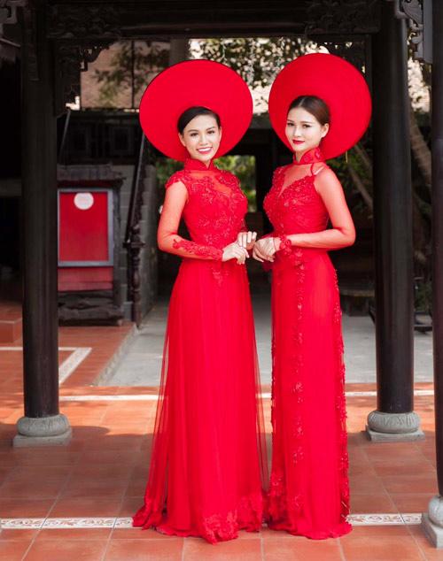 Cô dâu mùa hè tuyệt xinh với áo dài cưới màu đỏ - 10