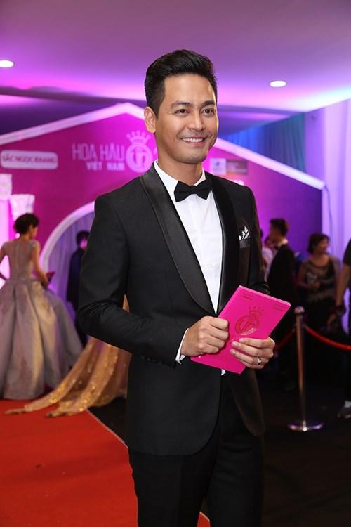 Dàn hoa hậu á hậu việt nam toả sắc trên thảm đỏ hhvn 2016 - 30