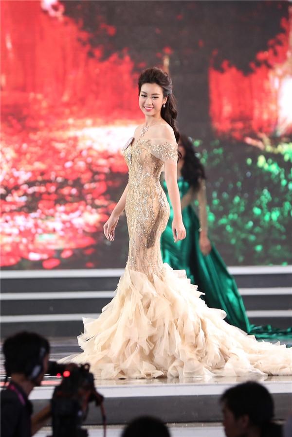 Đỗ mỹ linh đăng quang hoa hậu việt nam 2016 - 5