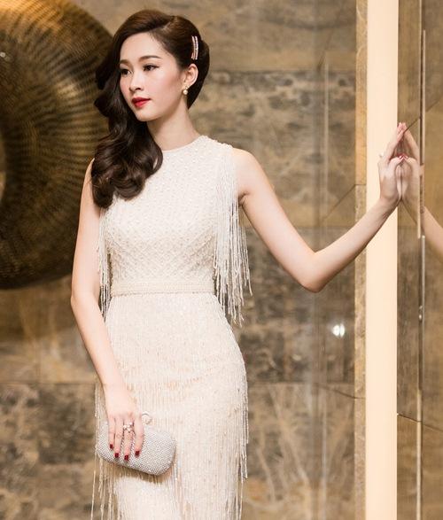 Hoa hậu thu thảo cuốn hút lấn át dàn mỹ nhân tại sự kiện - 2