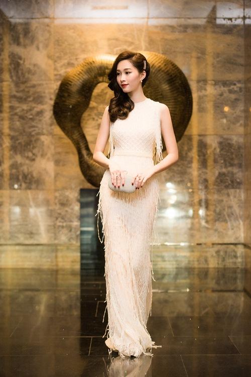 Hoa hậu thu thảo cuốn hút lấn át dàn mỹ nhân tại sự kiện - 3