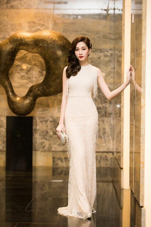 Hoa hậu thu thảo cuốn hút lấn át dàn mỹ nhân tại sự kiện - 1
