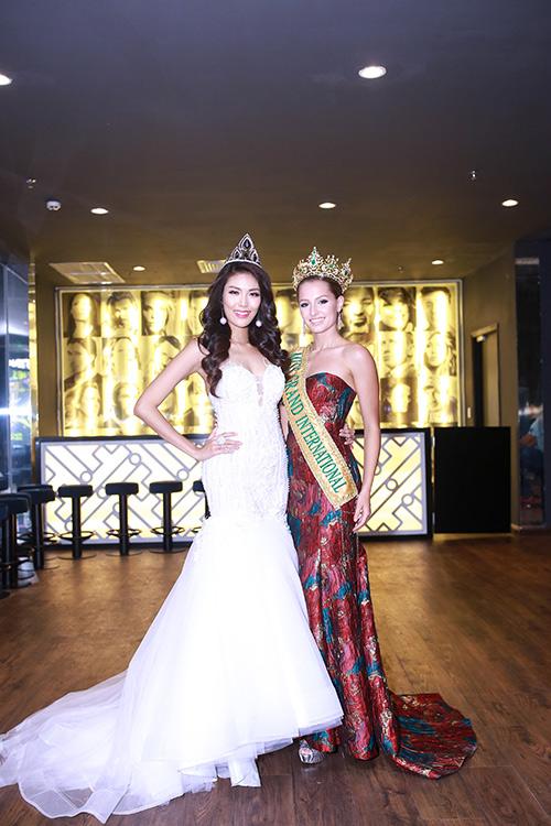 Lan khuê được chủ tịch miss grand international mời thi hoa hậu - 1