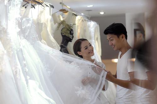 Linh phi thử áo cưới bồng bềnh như mây - 1