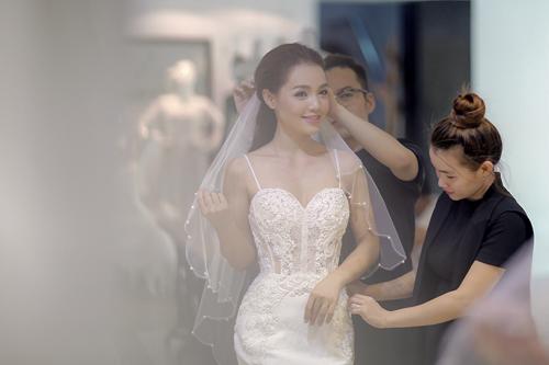 Linh phi thử áo cưới bồng bềnh như mây - 8