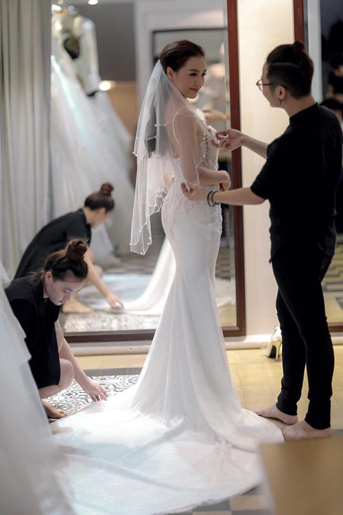 Linh phi thử áo cưới bồng bềnh như mây - 10
