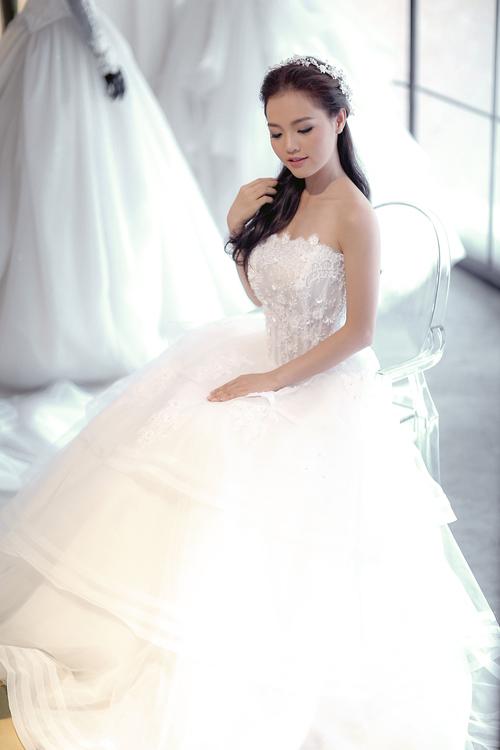 Linh phi thử áo cưới bồng bềnh như mây - 11