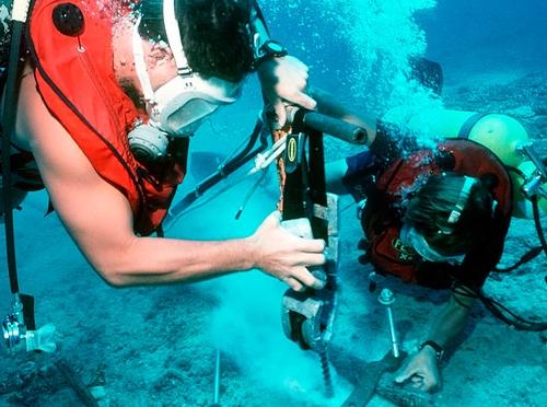 Người việt sắp được dùng cáp quang nhanh nhất thế giới - 1