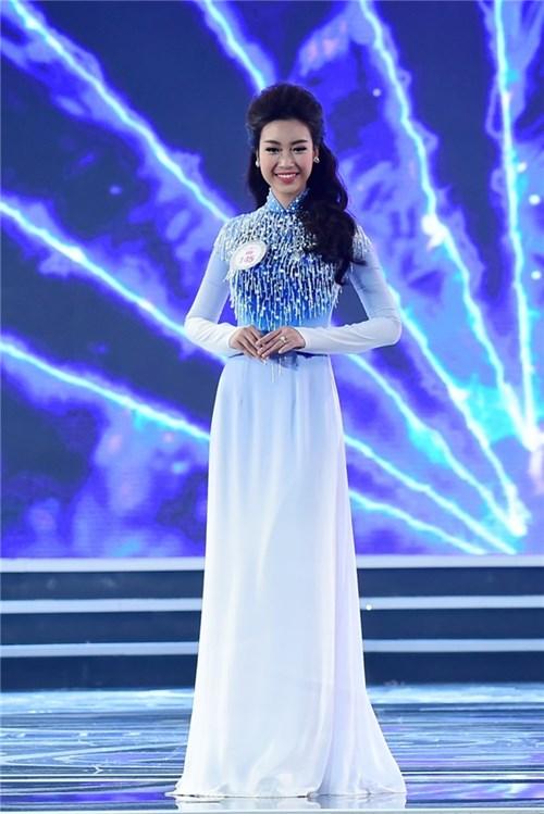 Nhìn lại hành trình đáng ngưỡng mộ của top 3 hoa hậu việt nam 2016 - 2