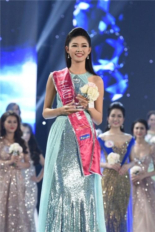 Nhìn lại hành trình đáng ngưỡng mộ của top 3 hoa hậu việt nam 2016 - 5