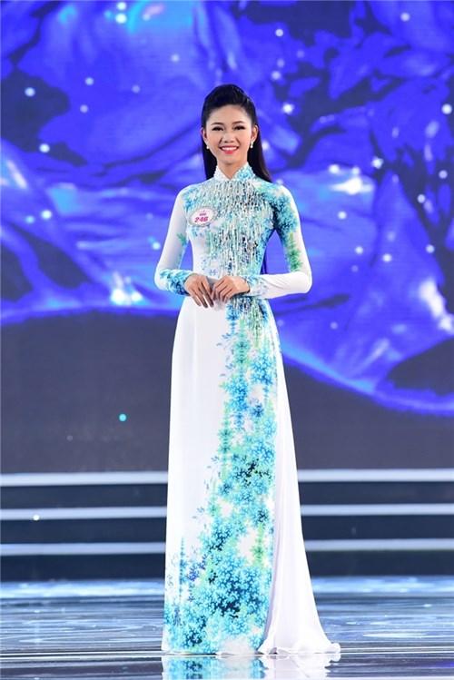 Nhìn lại hành trình đáng ngưỡng mộ của top 3 hoa hậu việt nam 2016 - 6
