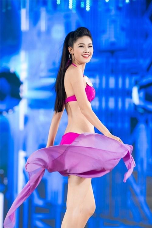 Nhìn lại hành trình đáng ngưỡng mộ của top 3 hoa hậu việt nam 2016 - 7