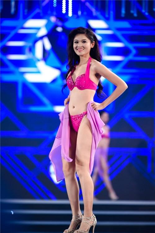 Nhìn lại hành trình đáng ngưỡng mộ của top 3 hoa hậu việt nam 2016 - 10