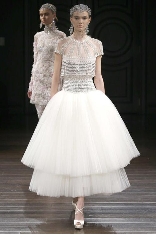 Những mẫu váy cưới đẹp nhất mùa xuân 2017 - 3