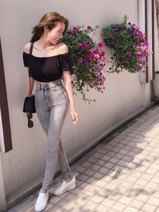 Tuần qua elly trần khoe vòng 3 cong vút với quần jeans - 1
