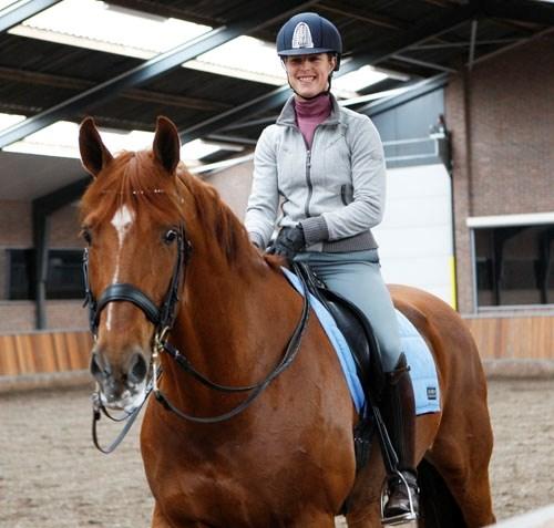 Vận động viên đoạt huy chương vàng đã rút khỏi olympic để cứu chú ngựa - 8