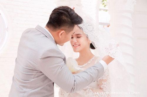 trang điểm cô dâu thành công là phải phù hợp với chú rể - 5