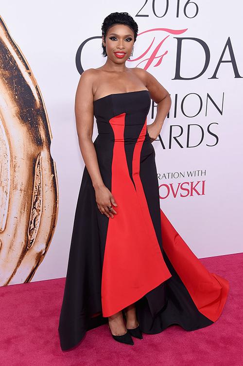 Váy xẻ gợi cảm bị thất sủng trên thảm đỏ cfda awards 2016 - 8
