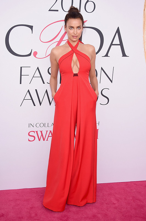 Váy xẻ gợi cảm bị thất sủng trên thảm đỏ cfda awards 2016 - 9