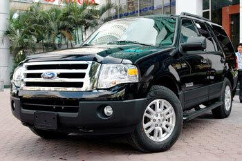 ford thu hồi 180000 xe - 1