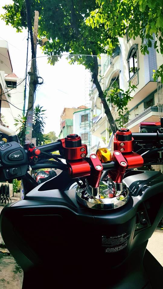 Super scooter honda pcx với loạt đồ chơi nổi bật - 6