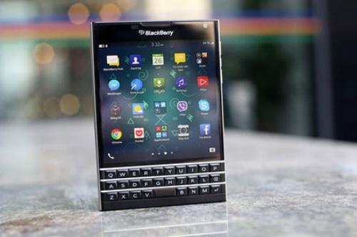 blackberry passport giá rẻ tràn về việt nam - 1