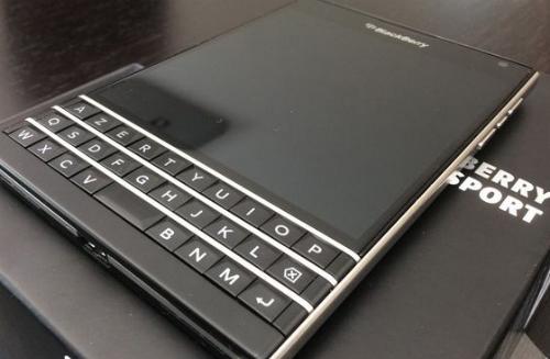 blackberry passport giá rẻ tràn về việt nam - 2