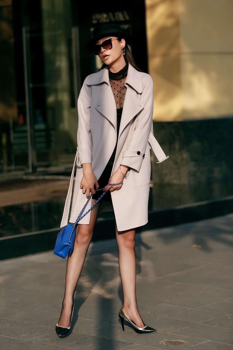 Chiếc áo khoác tôn nét sang chảnh và thanh lịch cho nữ công sở - 9