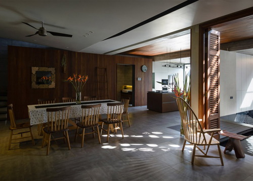 biệt thự sài gòn với bể bơi nằm ở tầng 2 - 4