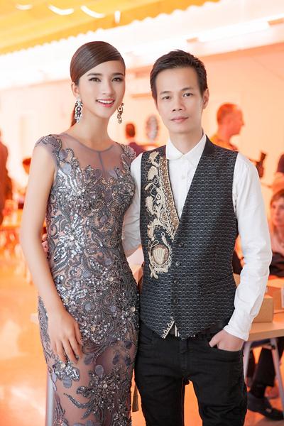 hoàng hải kể chuyện làm váy 5000 usd cho hoa hậu hoàn vũ pháp - 2