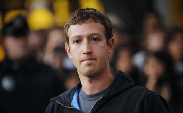 Những chuyện giờ mới tiết lộ về ông chủ facebook - 1