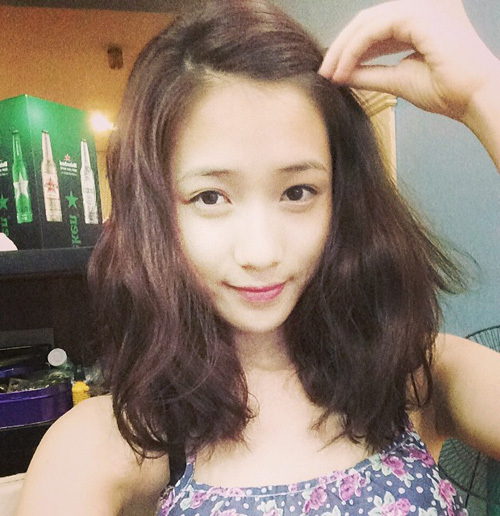 Top 13 kiểu tóc uốn xoăn retro ngang vai cho cô nàng mặt tròn hè 2017 - 9