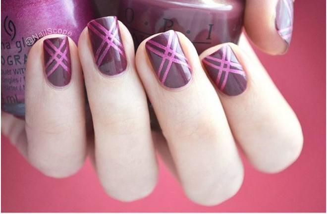 13 kiểu vẽ móng tay nail kẻ sọc đẹp nhất 2017 cho nàng công sở cá tính - 2
