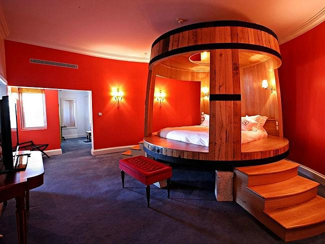 10 phòng ngủ khách sạn đẹp nhất thế giới - 4